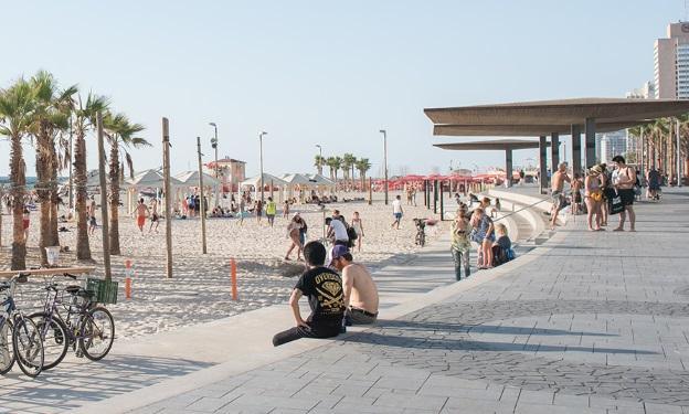 טיילת חוף הים בתל אביב