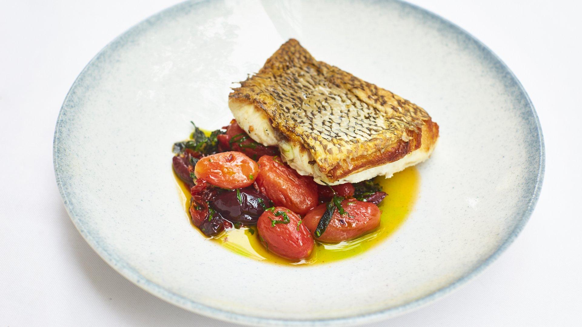 מנת דגים של מסעדת אלנה